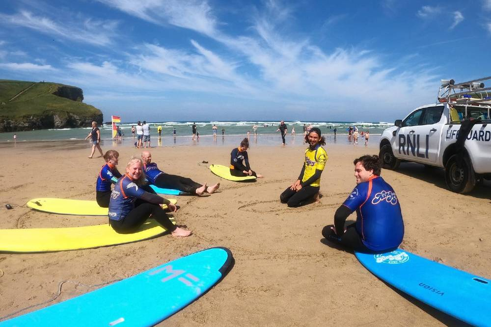 Surfing lesson with King Surf in Cornwall