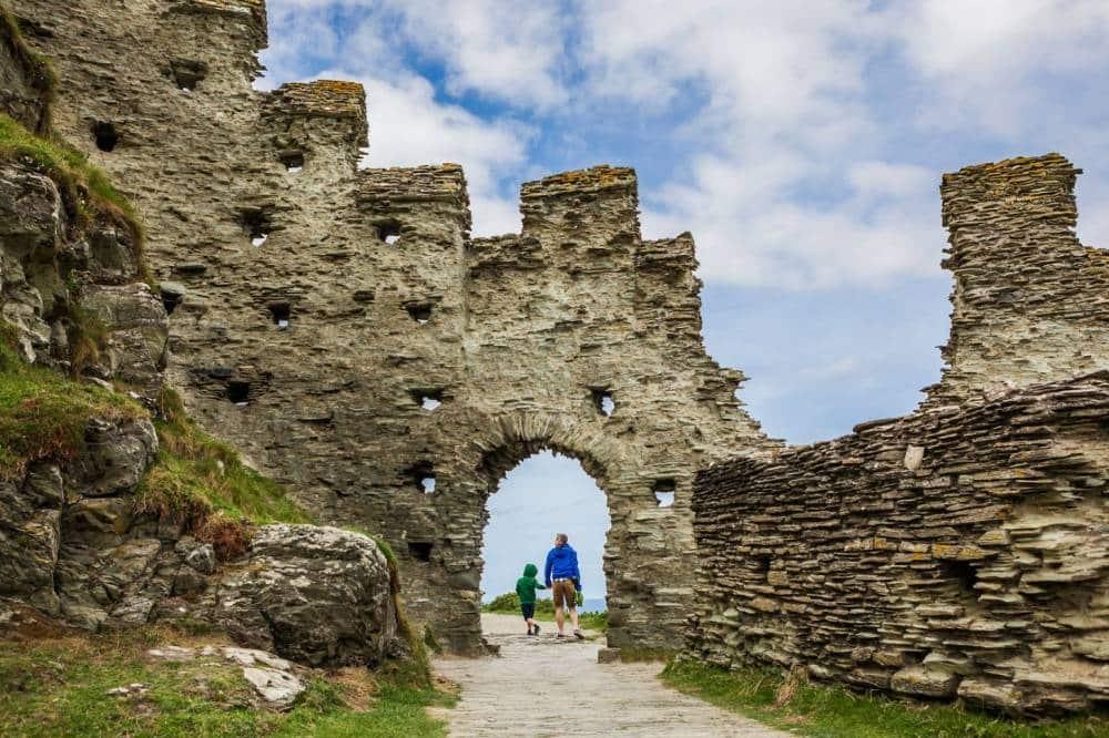 Tintagel Castle in Cornwall (1)